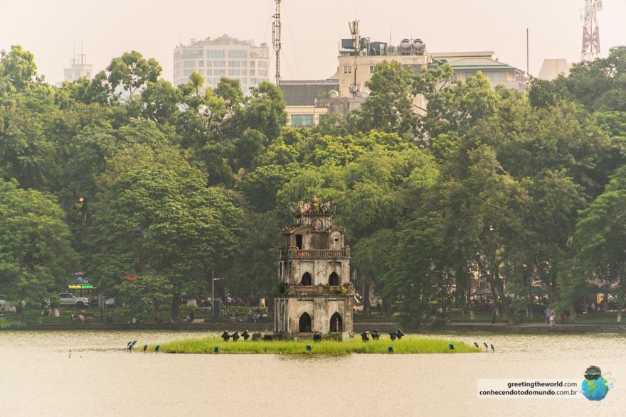 Lake Hoan Kiem, Hanoi, Vietnam